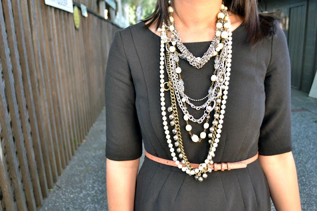 sacramento office fashion blogger angeline evans the new professional blog gap dress jcrew belt nine west shoes