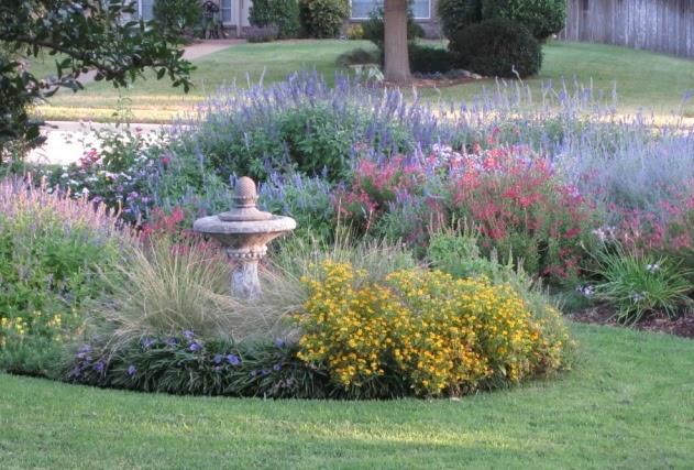 signature gardens survivor texas