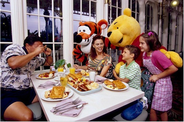 Crystal Palace Restaurante Disney Pooh