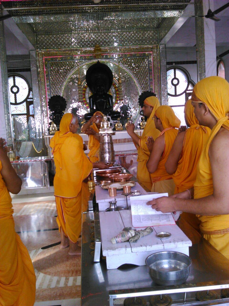 jain temple in jabalpur