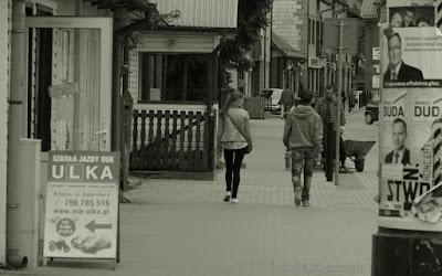 http://fotobabij.blogspot.com/2015/09/bigoraj-fotografia-uliczna-dziewczyny.html