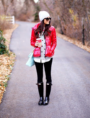 http://www.womenfashiongalaxy.com/2013/10/cute-rainy-day-outfits-with-red-jacket.html