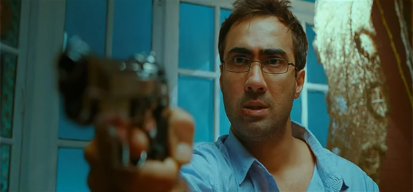 Screen Shot Of Hindi Movie Life Ki Toh Lag Gayi (2012) Download And Watch Online Free at worldfree4u.com