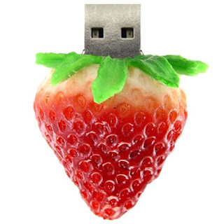 strawberry usb pen drive
