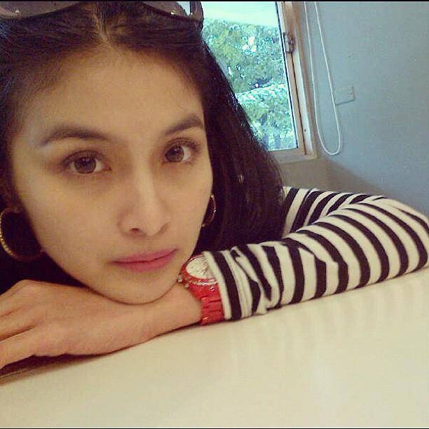 Sandra Dewi Indonesia Hot Model