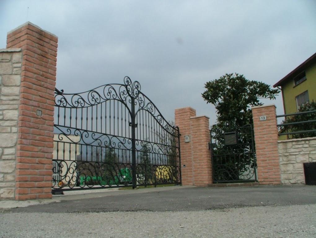 Cancellate ferro battuto cancelli e recinzioni in ferro for Cancelli ferro battuto foto