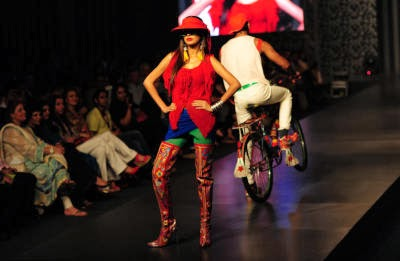 FASHION-PAKISTAN-RIZWAN