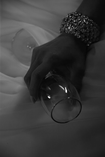 wedding detail wine glass and bracelet stone manor country club whysall photography