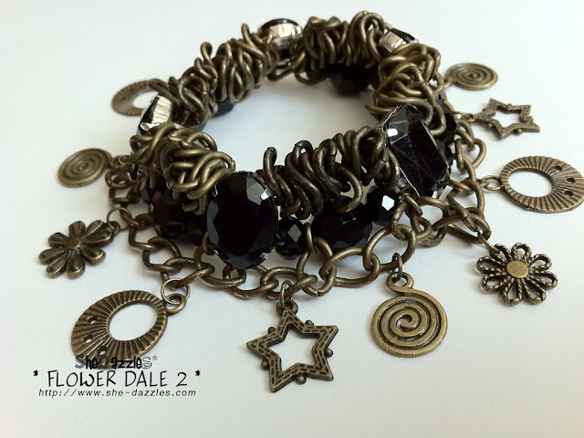 ar266-metal-grunge-charm-bracelet