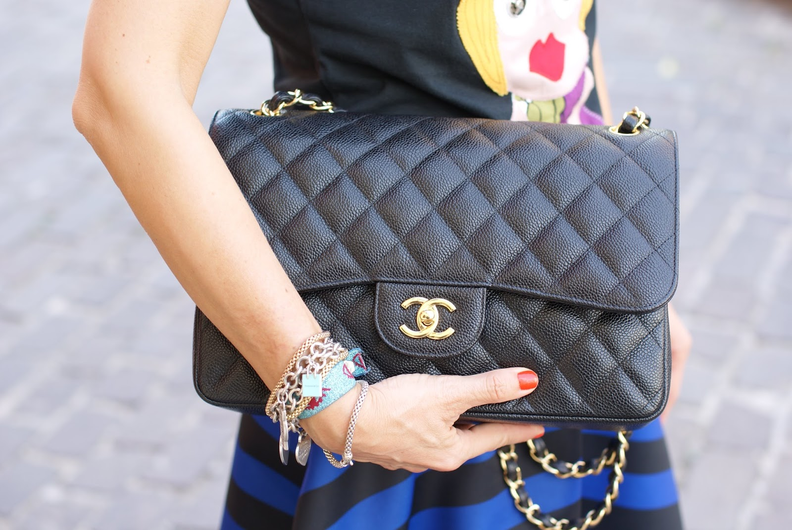 Chanel 2.55 caviar bag on Fashion and Cookies fashion blog, fashion blogger style