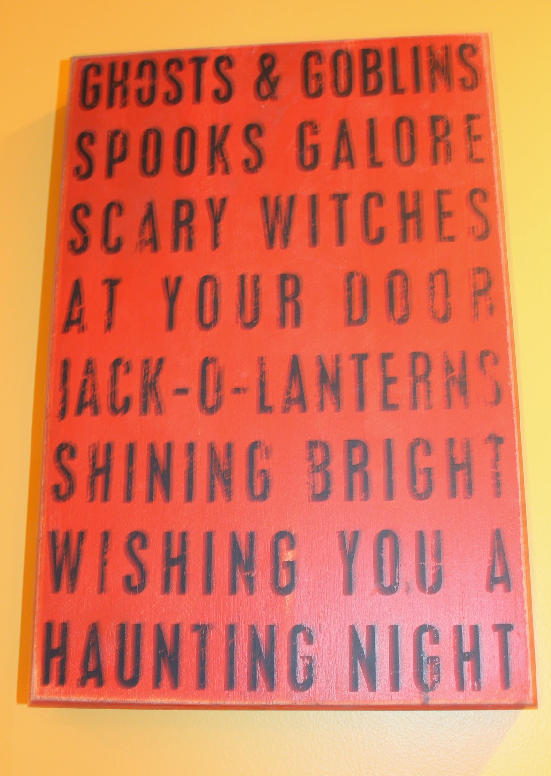 and heres the handmade halloween tassel that resides on my kitchen door - Primitives By Kathy Halloween