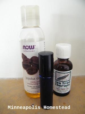 jojoba oil tea tree DIY recipe natural acne treatment spot exfoliater easy