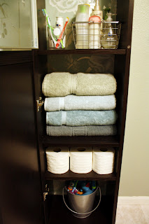 Bathroom Furniture Storage on Diy Home Sweet Home  Add More Storage To A Small Bathroom