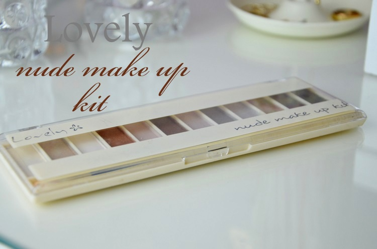 Lovely, Nude make up kit
