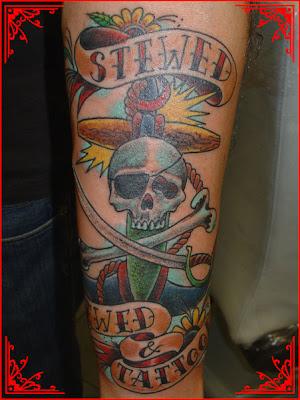 Ancora e Caveira de Tatuagens