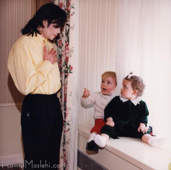 Novas fotos da infância de Prince e Paris Sem+t%C3%ADtulo+21