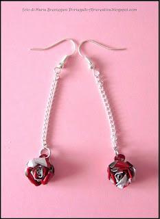 Orecchini pendenti roselline