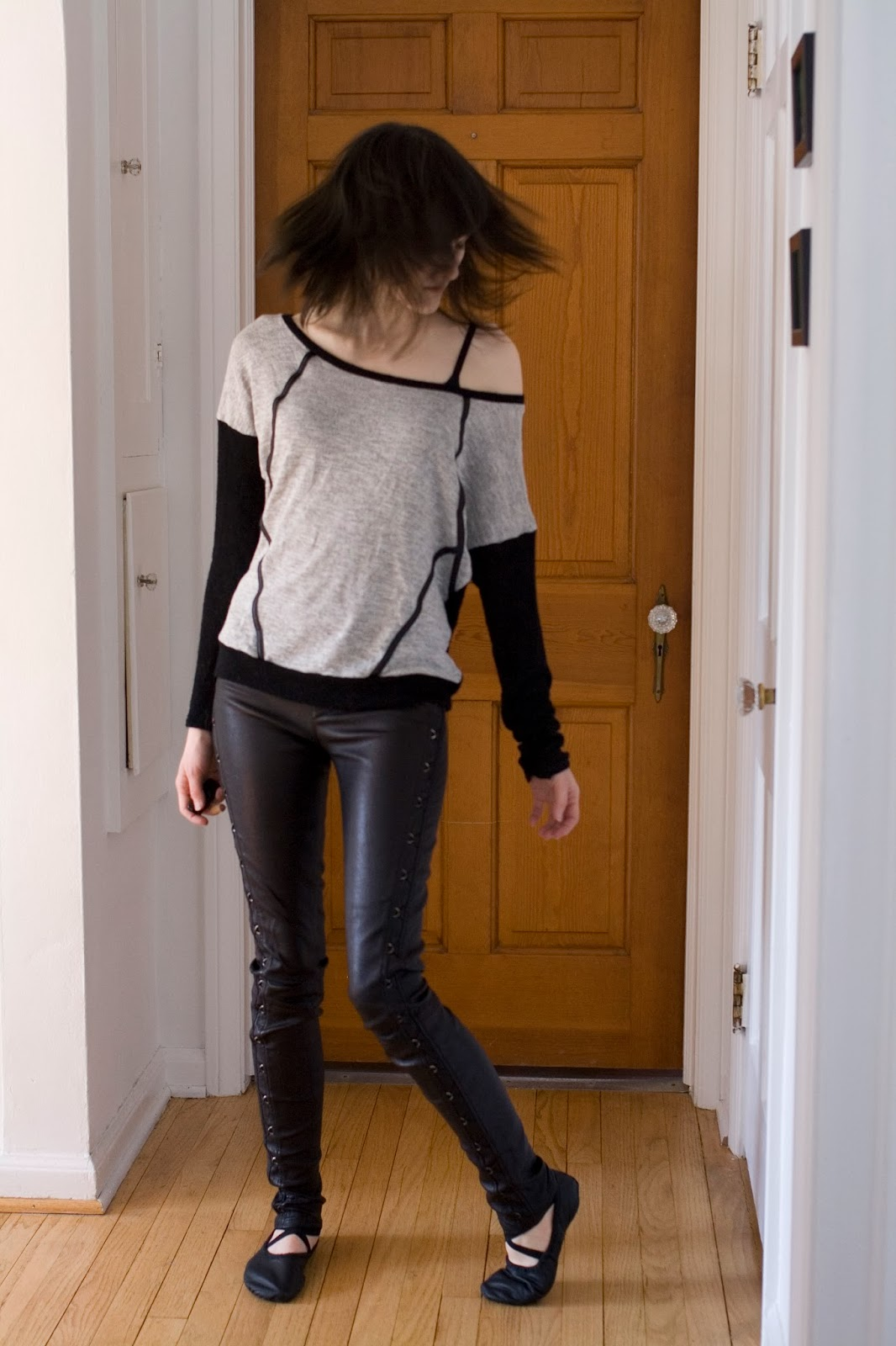 Bombasine- Shirt: Lovely 153 Leggings: Helmut Lang Shoes: Sansha