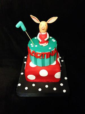 tarta olivia; tarta fondant; tarta decorada; olivia dibujos; cumpleaños