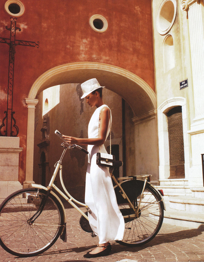 Nur Hellmann photographed by David Gubert for Marie Claire Australia September 2011 / bicycles in Vogue, harpers bazaar, marie claire, elle fashion editorials / via fashioned by love british fashion blog