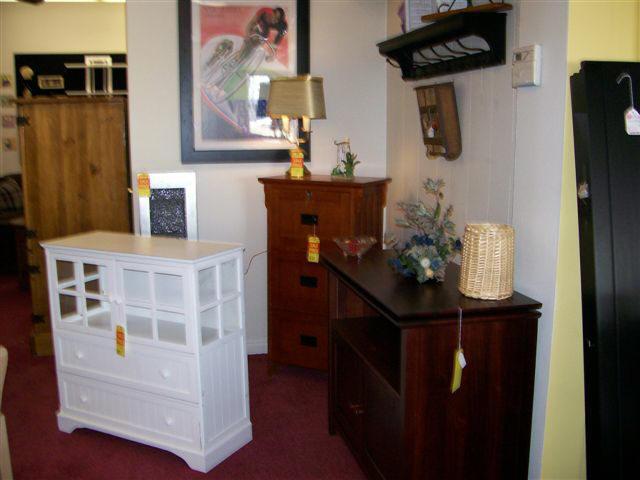 Designer Consignment Furniture And Interiors ~ Modern home interior design used furniture