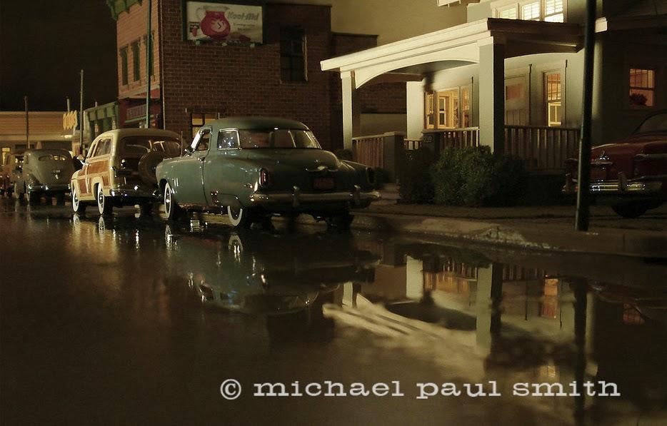 03-J&L-Steel-Night-Glow-1951-Model-World-1950s-Model-Maker-Michael-Paul-Smith-www-designstack-co