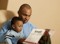 http://1.bp.blogspot.com/-t58hiUL_pBk/TtI3ufoViDI/AAAAAAAAARI/BxgbV__QeNI/s200/engaging_fathers_photo.jpg