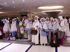 Foto Jama'ah Arminareka dengan Wisata Religi