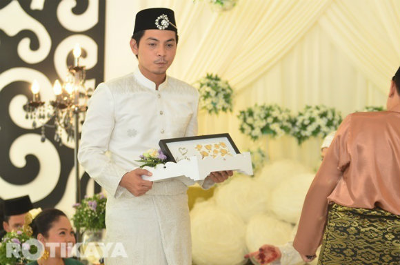 Lagi Gambar Majlis Pernikahan Izzue Islam Dan Awin Nurin