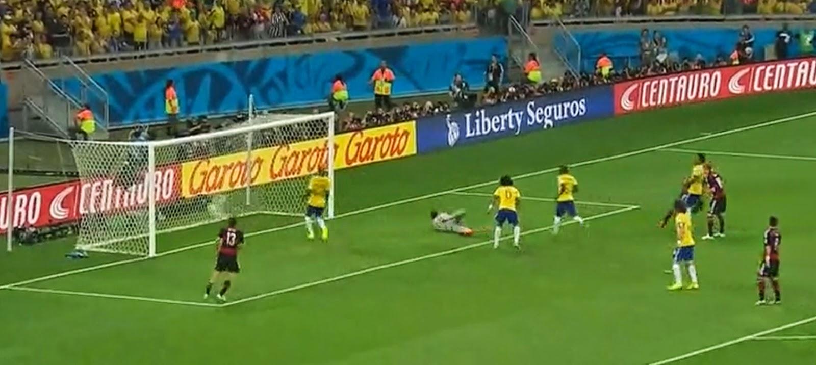 гол от немцев в ворота бразильцев
