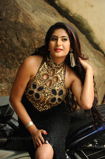 Neha saxena  Picture shoot 007.jpg