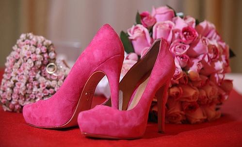 Розовая обувь фото