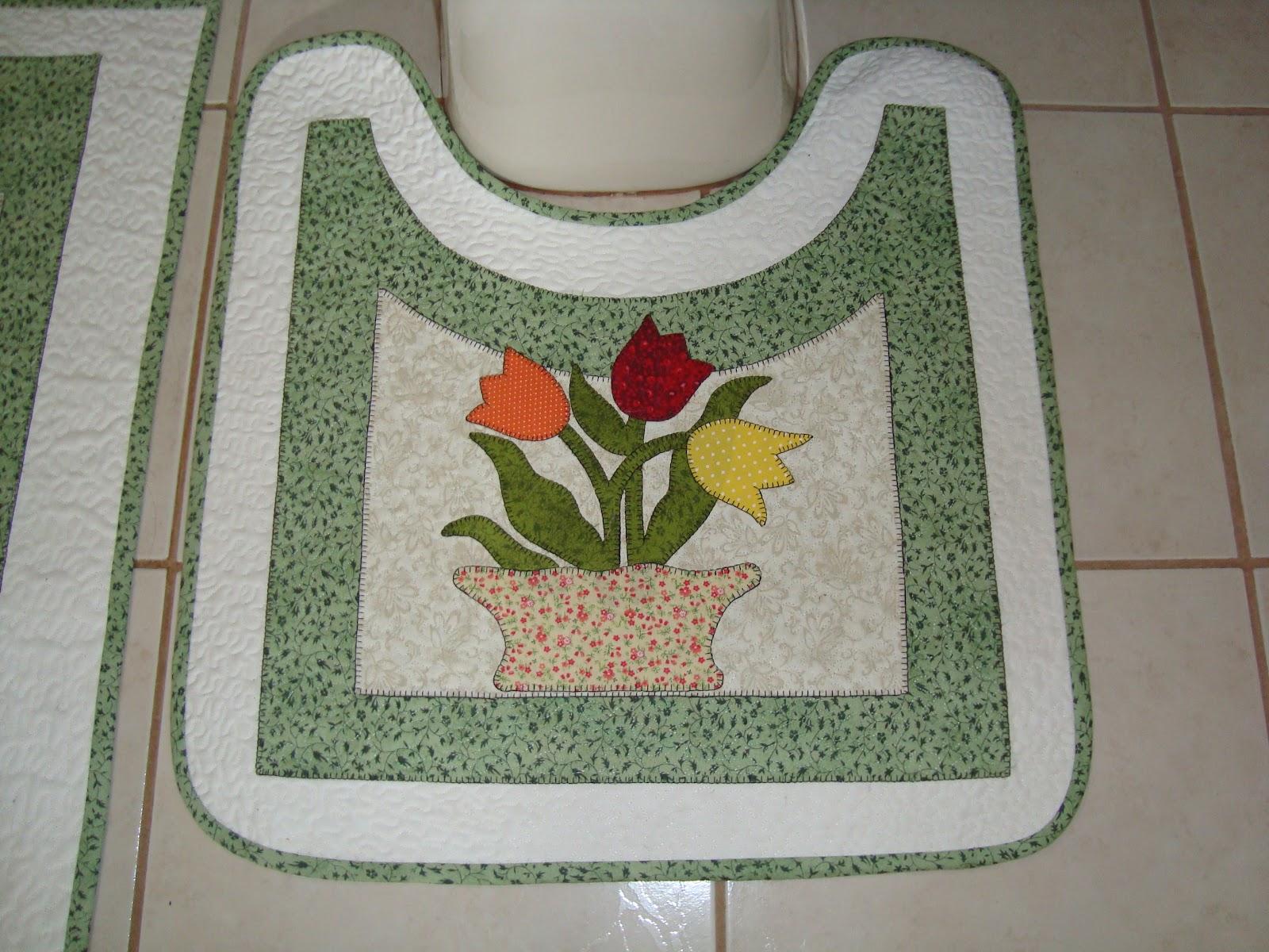 Patchwork Em Tapete De Banheiro : ROSE VELHO PATCHWORK: Jogo de Tapetes para banheiro
