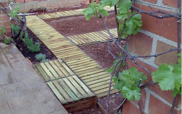 Youplanter ideas para el jard n el huerto jard n 1 for Baldosas de jardin