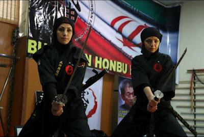 ninja wanita Iran