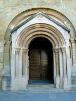 Portal d'entrada de Santa Maria de Folgueroles