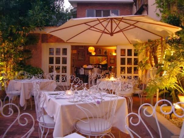 Best Karachi restaurants - Cafe Flo