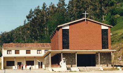 Iglesia Santísimo Cristo de la Misericordia de la Peña, Mieres
