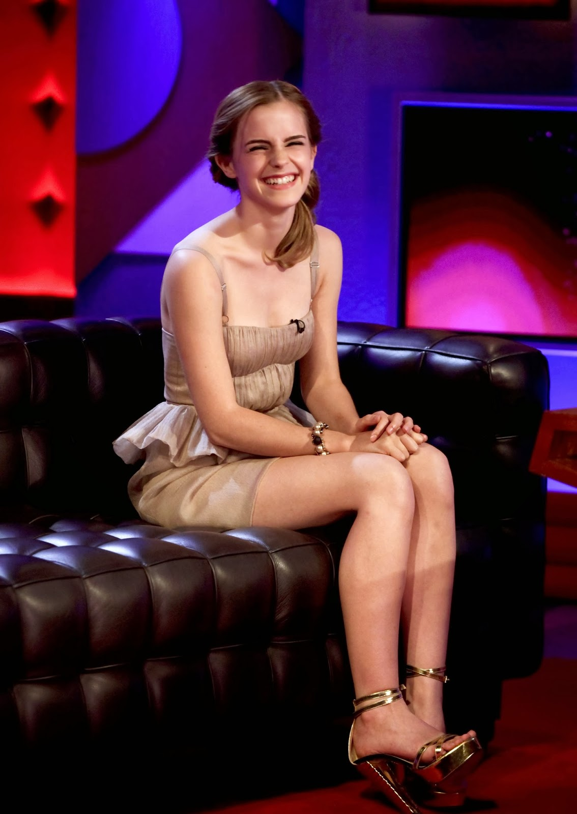 celebrity legs and feets emma watson cute feet and legs