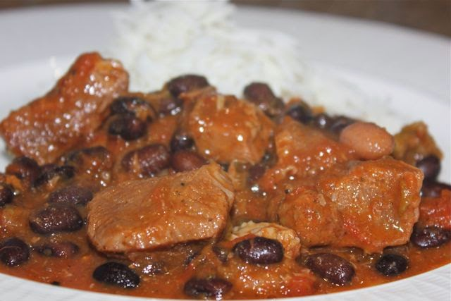 Spicy pork and bean stew