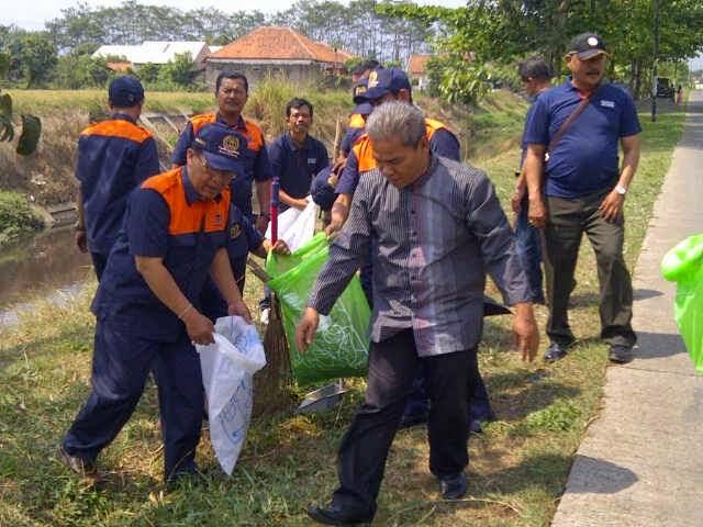 Aksi Gerakan Pungut Sampah Kel. Rancanumpang