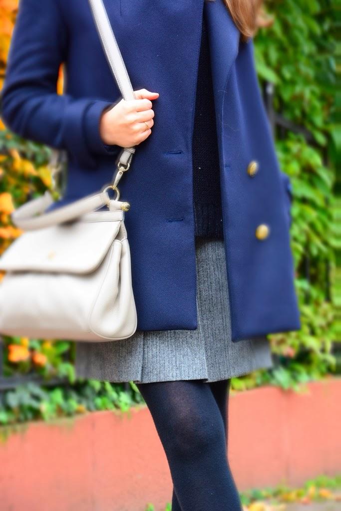 Coat ZARA, skirt Esprit