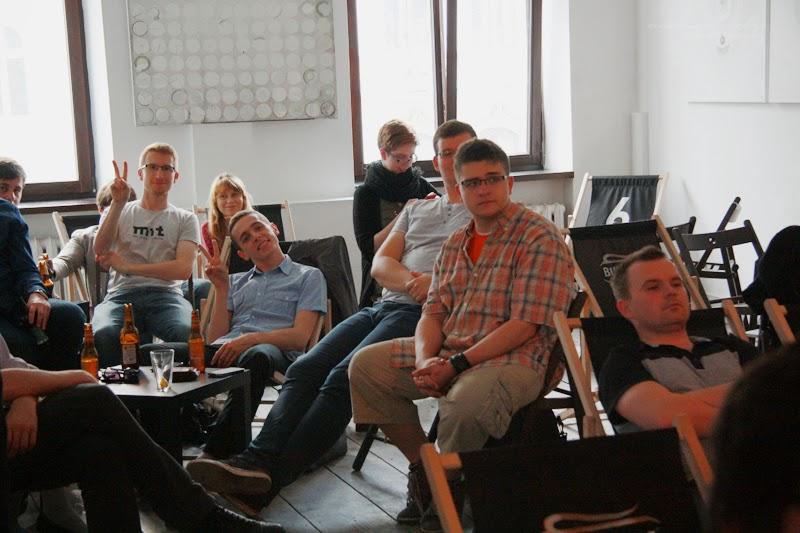mezczyzni, usmiech, powaga, urodzinowe spotkanie Geek Girls Carrots Łódź