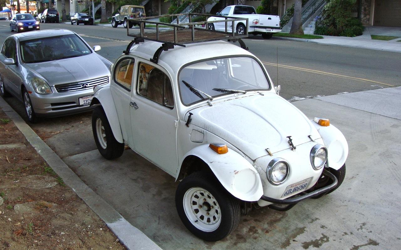 THE STREET PEEP: 1972 Volkswagen Baja Bug