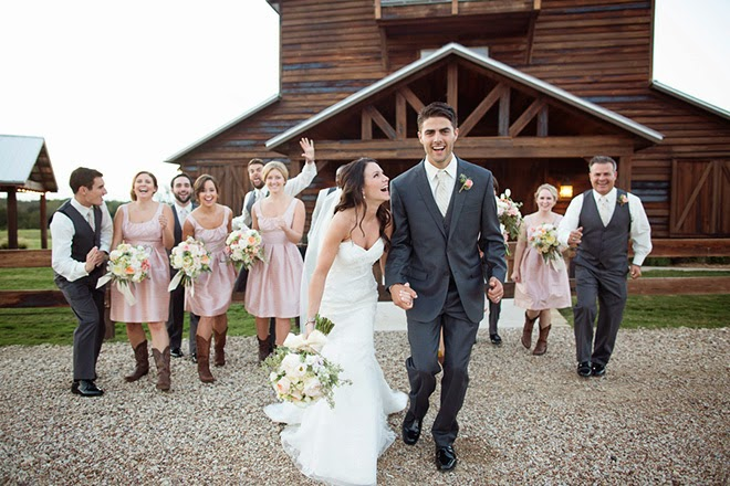 Vintage Elegance meets Rustic Chic for a Ranch Wedding to Remember ...