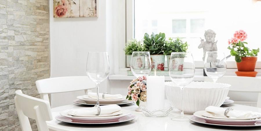 wystrój wnętrz, wnętrza, urządzanie mieszkania, dom, home decor, dekoracje, aranżacje, styl skandynawski, styl romantyczny, styl angielski, biel, miałe wnętrza, białe mieszkanie, kuchnia