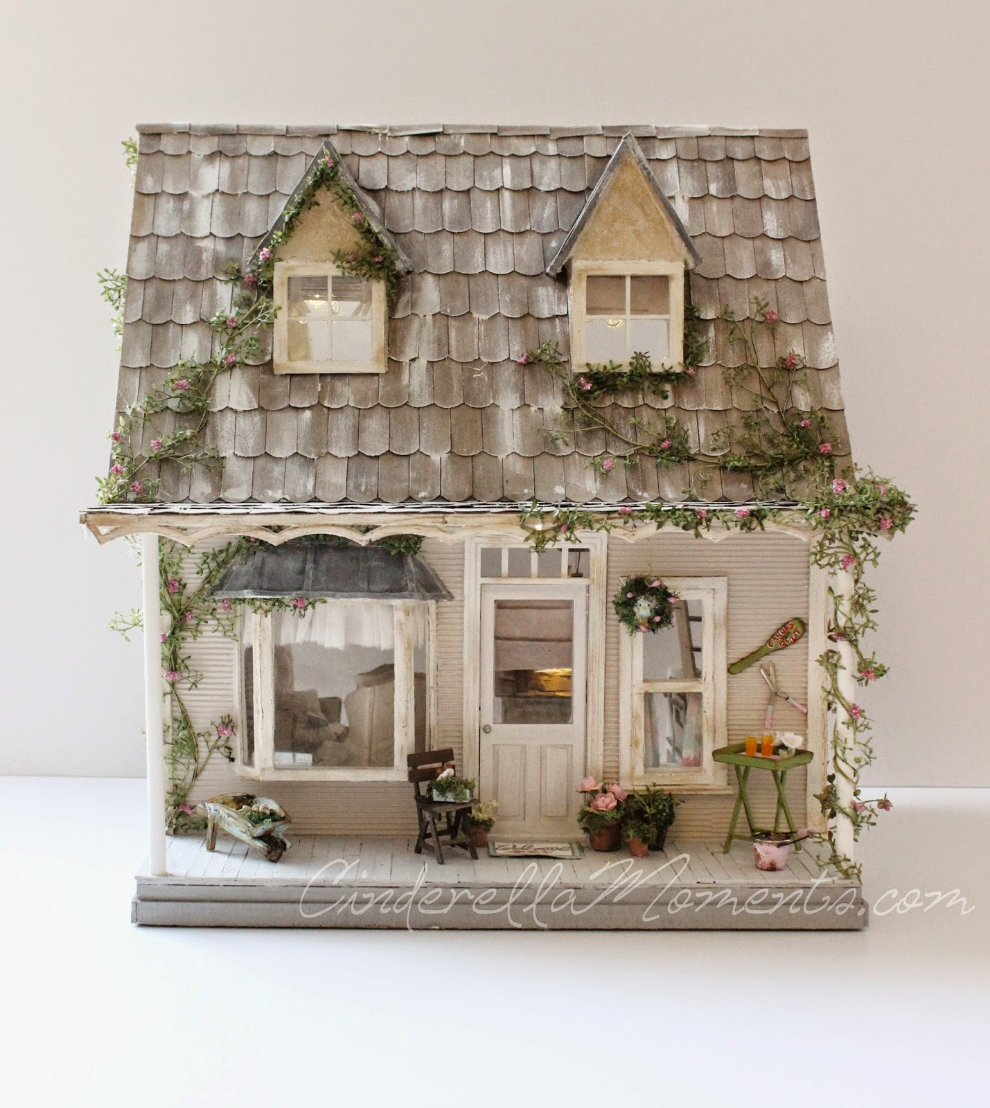 Cinderella Moments At Home With Francesca Amp Darby Dollhouse