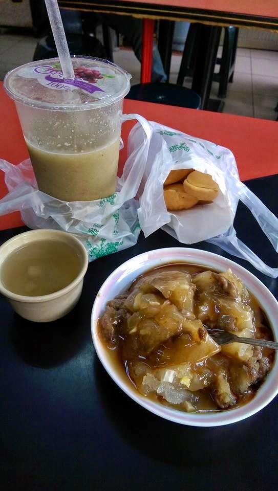 斗六-登邑(鄧記)肉圓 位於火車站前方不遠處的西市場