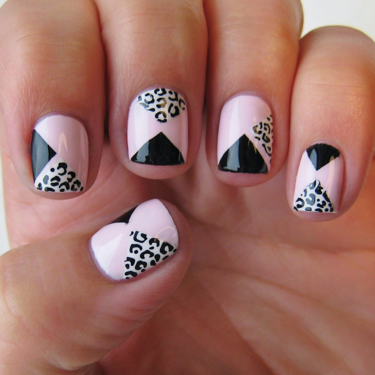 Dahlia nails mani swap one nail to rule them all jos version of pink geometric leopard print prinsesfo Image collections