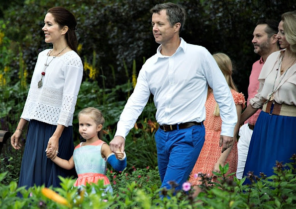 Queen Margrethe, Prince Henrik, Crown Prince Frederik, Crown Princess Mary, Prince Christian, Princess Isabella, Prince Vincent, Princess Josephine and Princess Athena